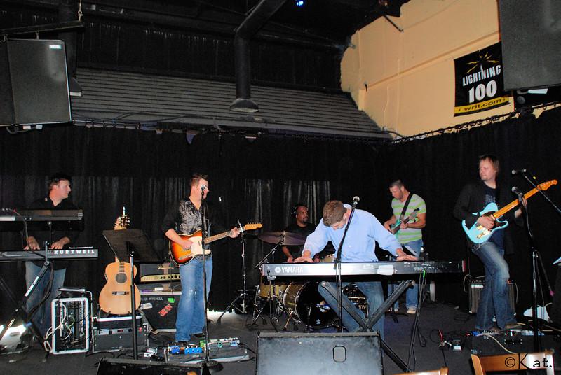 DSC_000 Nashville Starving Artists 3rd and Lindsley Nashville 052009