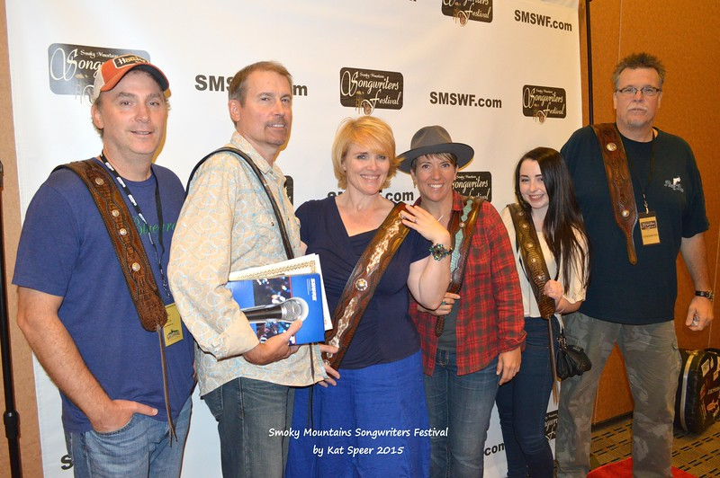 2015SMSWF0822SAT153b Scott Miller w Joe Hash w Sarah Motes Ashley w Cari Ray w Jess Chizuk w Doug Smith