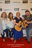 2015SMSWF0822SAT48b Margaret Andrea w Sydney Stinnett w Sarah Motes Ashley w Steve Rutledge