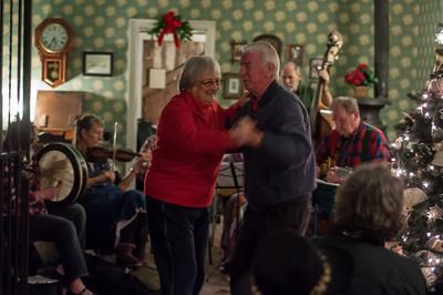 ... had some folks dancing.