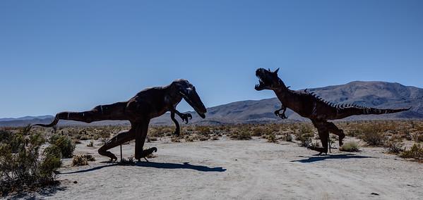 WF-4 2 Fighting Dinosaurs. The Allosaurus and Carnotaurus.
