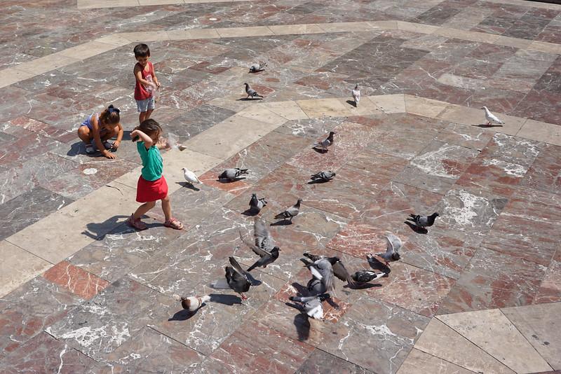 Plaza de Virgen. Valencia, Spain.