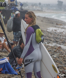Sony A77 photos of Pretty Pro Surf Girl at Trestles Beach in San Clemente