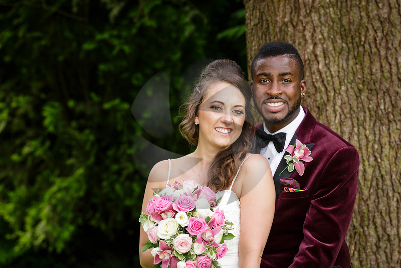 Sophie & Russell - Burford Bridge Hotel