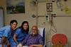 """16-11-2009<br /> <br /> """"Quimioterapia"""" - Esta foto está hecha hace dos meses, cuando me estaban preparando para mi primera sesión de quimioterapia. Hoy, después de tres sesiones, los resultados del PET muestran que no queda rastro de ninguno de los tumores que tenía en distintas partes del cuerpo. Estoy básicamente curado, aunque tendré que completar tres sesiones más de quimio y un tratamiento de un año. Mi más profundo agradecimiento  a todas las personas que a lo largo de tantos años, con su trabajo, han contribuido a mejorar día a día los tratamientos de cáncer y a lograr que curaciones como la mía sean posibles.<br /> <br /> """"Chemotherapy"""" - This picture was taken two months ago when they were preparing me for my first chemo session. Today, after three sessions, the PET results show that there is no sign of any of the tumors that I had in different parts of the body. I am basically cured, although I will have to complete three more sessions and one year of treatment. I'd like to express my gratefulness to the many people that with their work along so many years contributed to improve cancer treatments and to achieve that cures like mine be possible."""