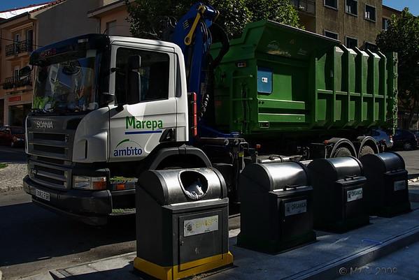 """19-09-2009<br /> <br /> """"Reciclando""""<br /> <br /> """"Recycling"""""""