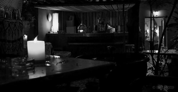 """01-3-2010  """"Sopa de Barra de Verano"""" (SC8) - Cocinada en junio de 2009. Es la barra del jardín del <a href=""""http://www.rancho-k.com/Cafe-y-Copas/Café-Babel/7385167_VPm5L"""">Café Babel</a> que lleva mi hija la mayor con otra socia.  """"Summer Bar Soup"""" (ODS 8) - Cooked in June 2009. It is the bar in the garden of <a href=""""http://www.rancho-k.com/Cafe-y-Copas/Café-Babel/7385167_VPm5L"""">Café Babel</a>, the place my oldest daughter runs along with another partner."""