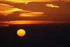 """12-2-2011  """"La 'boina' de Madrid esta mañana"""" - Sí, era tan espesa que no dejaba ni intuir el 'skyline' de Madrid. La foto está tomada desde un monte a unos 35 Km de distancia y sé positivamente que <a href=""""http://www.rancho-k.com/Recientes/Sopas2009/11471080_3BApe#650462105_kSYb7"""">Las Cuatro Torres</a> están un poco a la derecha del sol.  """"Madrid's smog this morning"""" - Yes, it was so thick that there was no hint of the skyline. The picture was taken from a small hill at distance of about 35 Km and I positively know that <a href=""""http://www.rancho-k.com/Recientes/Sopas2009/11471080_3BApe#650462105_kSYb7"""">The Four Towers</a> are a bit to the right of the Sun."""