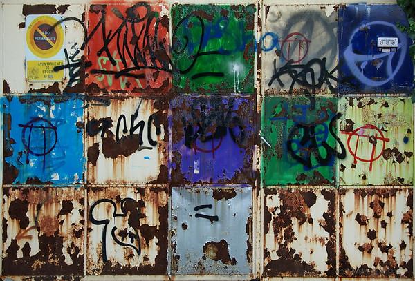 """""""Abstracción de una puerta de por si abstracta""""<br /> <br /> """"Abstraction of an  already abstract gate"""""""