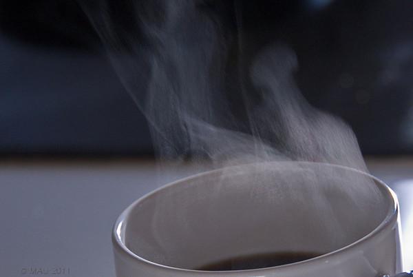 """10-4-2011<br /> <br /> """"¡Ummmm! Huele a café""""<br /> <br /> """"Hmmmm! Smells like coffee"""""""