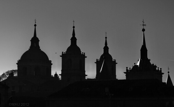 "18-Feb-2012<br /> <br /> ""Chapiteles de El Escorial""<br /> <br /> ""Spires of El Escorial"""