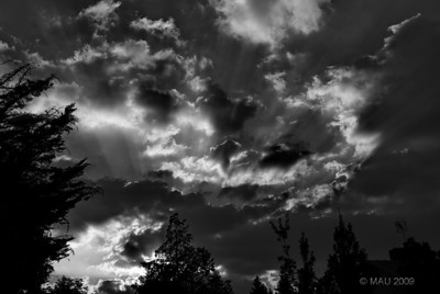 """29-09-2009  """"Ya vienen nubes""""  """"Clouds are coming"""""""