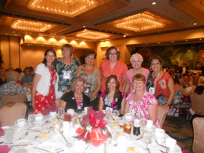 Thora, Nelly and Cherie with Immediate Past SI President Alice Wells and other Soroptimists at the Recognition Dinner.