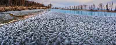 Turbulent Sand, Calm River