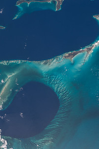 iss047e101745