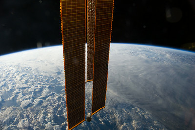 iss040e078882
