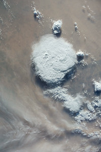 iss040e090027