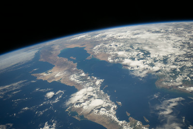 Reid Wiseman @astro_reid  ·  Aug 20 #Baja California on a superb, crystal clear afternoon.