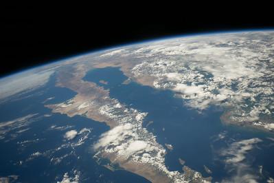 Reid Wiseman @astro_reid  ·  Aug 20 #Baja California on a superb, crystal clear afternoon.