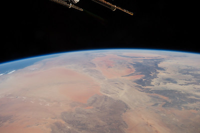 Reid Wiseman ‏@astro_reid  Sep 15 Looks like a nice start to the week in western Europe.#Africa is pure art from above.