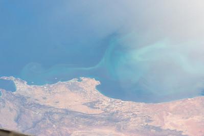 Reid Wiseman @astro_reid  Oct 18 Wild swirling ocean currents in sunglint near #CapeTown South Africa.