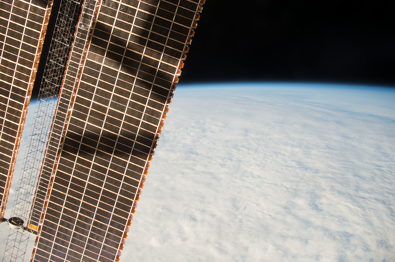 iss042e062122