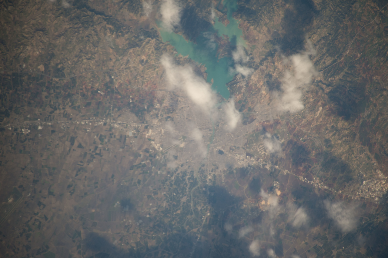 iss042e062095