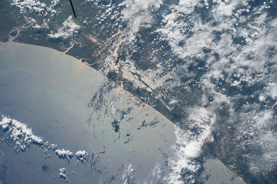 iss043e028085