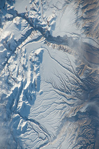 iss043e093250