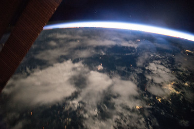 iss043e093225