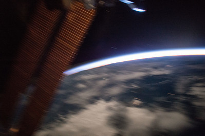 iss043e093215