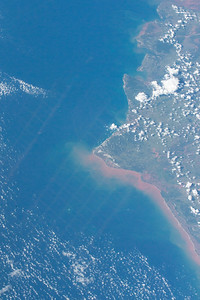 iss043e093236