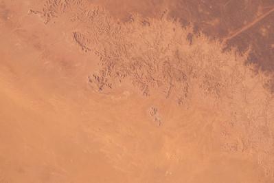#EarthArt Across the Greatest Desert- #Sahara #YearInSpace