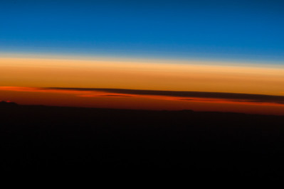 #GoodMorning sunshine! The horizon was brilliant this morning. #YearInSpace