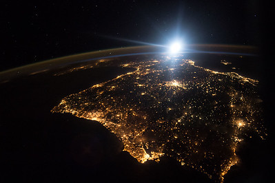 Day 249. #Portugal and #Spain all aglow after dark. #GoodNight from @space_station! #YearInSpace
