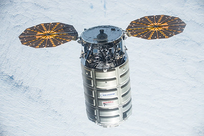 #Cygnus, AKA #SSDekeSlayton has arrived just in time for #Christmas! #YearInSpace