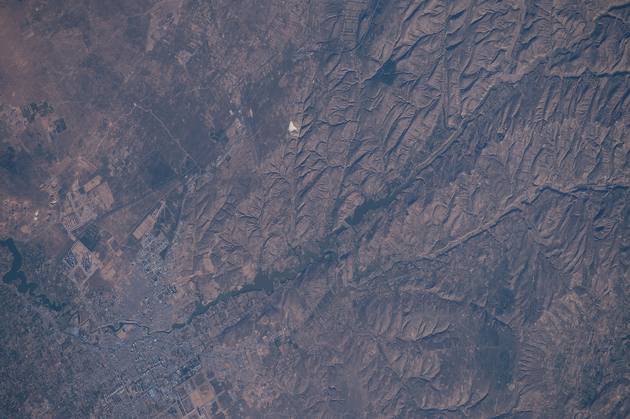 iss048e012820