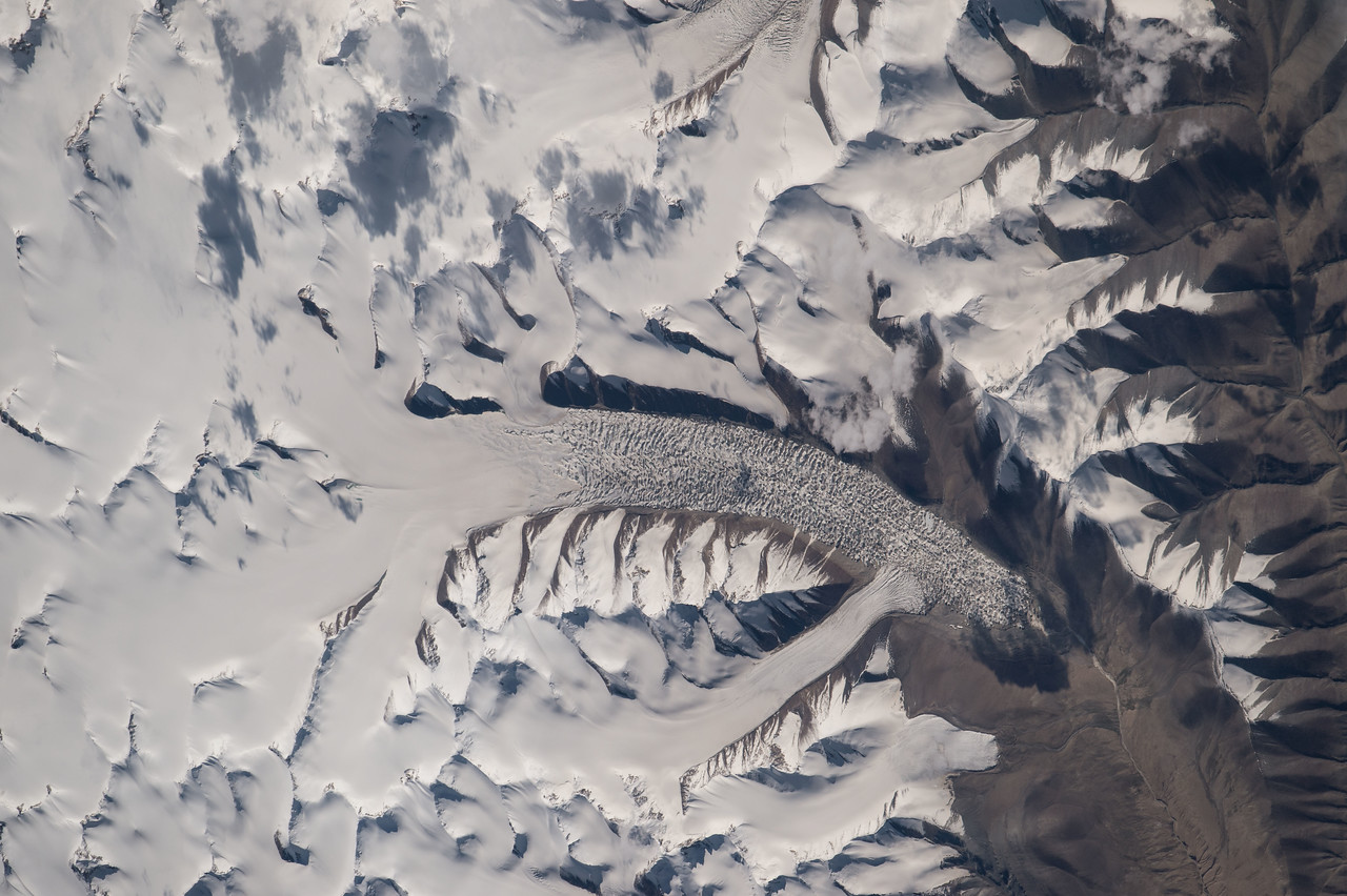 iss048e012952