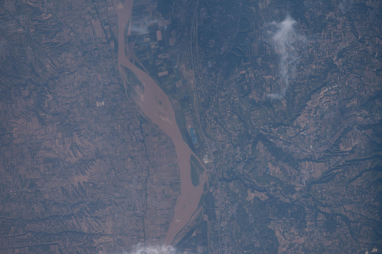 iss048e012828