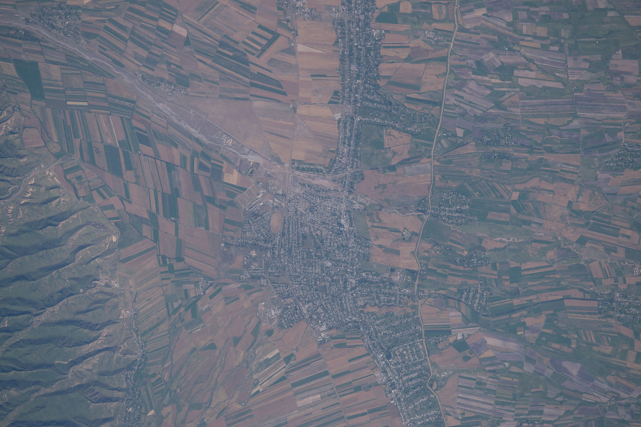 iss048e012896