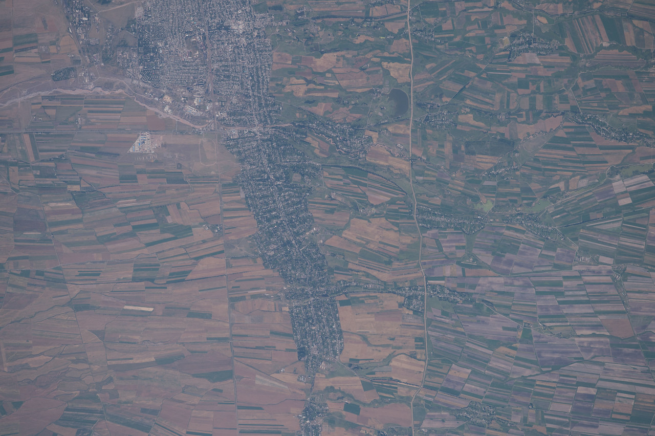 iss048e012893