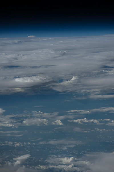 iss048e047899