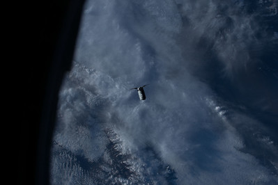 iss049e045003