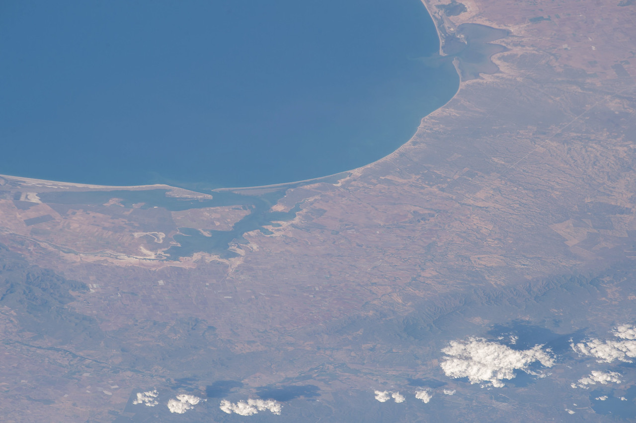 iss050e000175