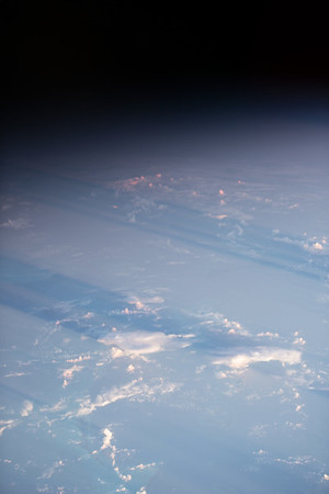 iss053e028870