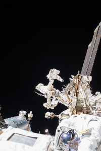 iss053e079167