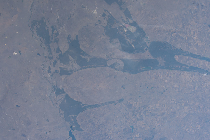 iss053e101899
