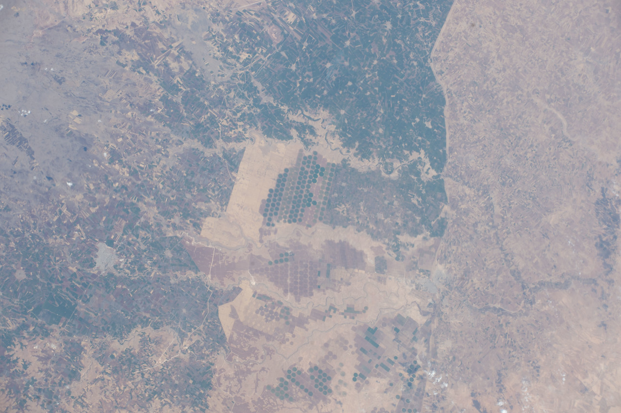 iss053e101757
