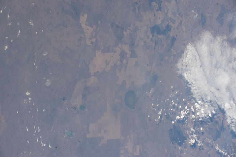 iss053e101850