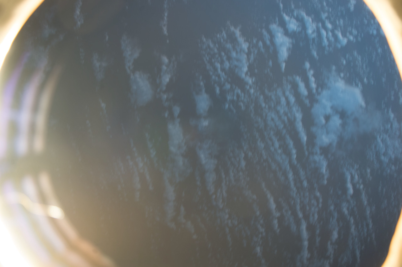 iss053e101724